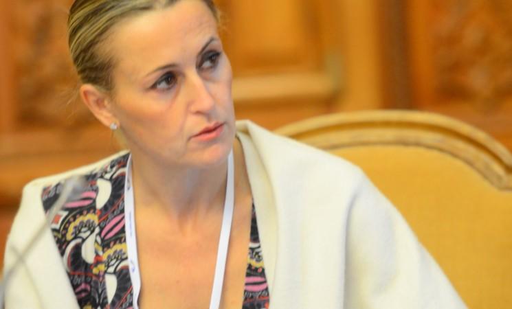 Alitalia: Bergamini (FI), Toninelli ha strana idea dei pendolari =
